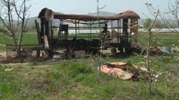 Две деца загинаха при пожар в землището на село Устина