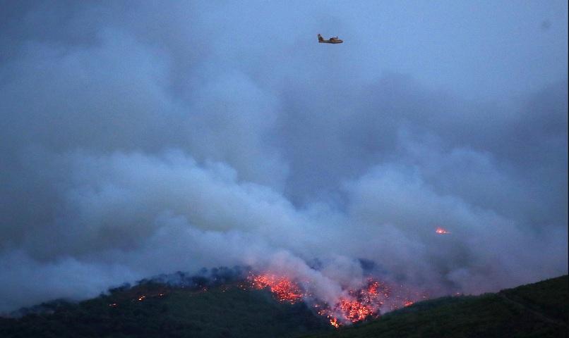 Сформиран е кризисен щаб в българското посолство в Атина заради пожарите