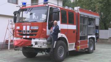Искат проверка на конструктивната безопасност на новите пожарни автомобили