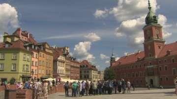 Москва готви отговор срещу плановете на Варшава да премахва съветски паметници