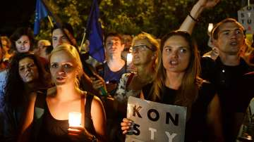 Масови протести в Полша през изминалата нощ