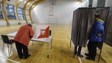 Либералната опозиция печели изборите за кмет в големите градове в Полша