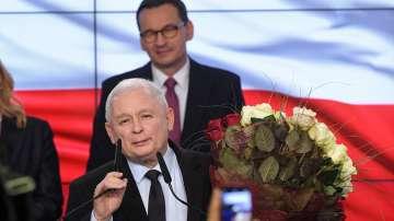 Управляващите печелят парламентарните избори в Полша