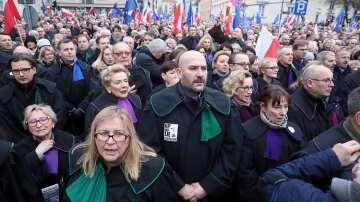 Протест срещу съдебната реформа в Полша