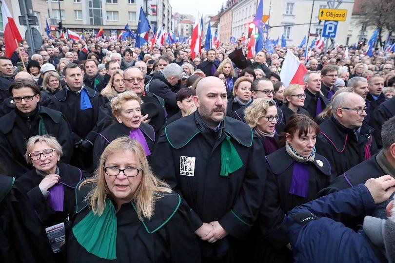 Хиляди съдии от цяла Полша и от чужбина участваха в