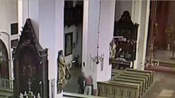 Храбра монахиня спря крадци в Полша