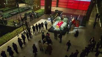 Стотици се простиха с убития кмет на Гданск