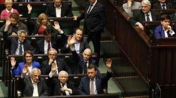 Полският парламент прие нови закони от съдебната реформа