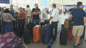 Десетки пътници са блокирани на летище София заради забавени полети