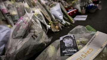 Франция ще отдаде национална почит към полицая, загинал в атентат