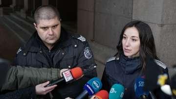 Ранените при сблъсъците пред МРРБ полицаи: Не сме ги провокирали да ни удрят
