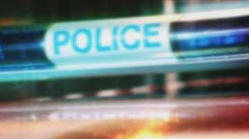 Двама младежи са задържани за убийството на таксиметровия шофьор