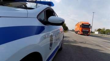 МВР започва проверки на камиони, таксита, автобуси и пътниците в тях