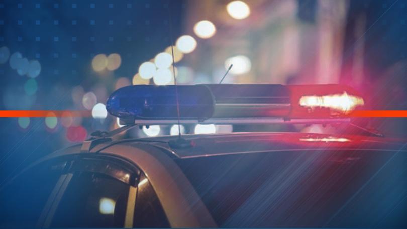 Задържаха мъж, заплашвал с нож пешеходци в Плевен