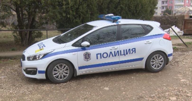 65 лица и 50 автомобила са проверени при полицейска акция в Средец и Камено