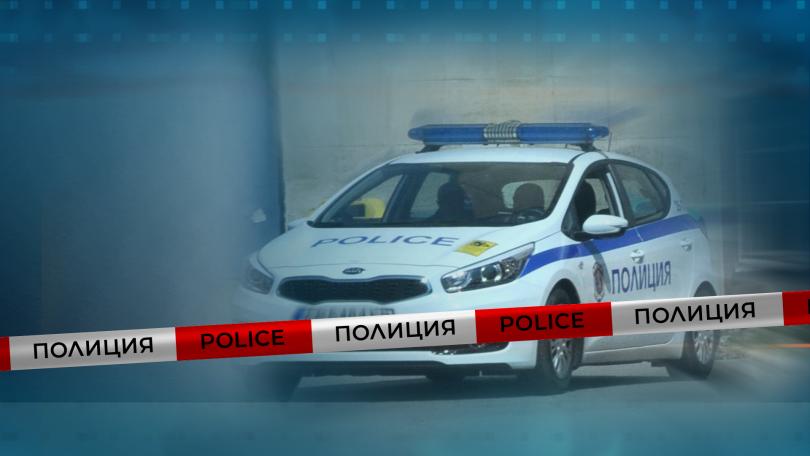 Полицията задържа мъжа, барикадирал се в дома си в столичния квартал Надежда