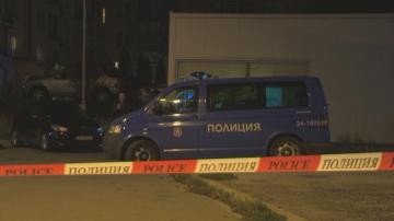 Издирват нападателя на въоръжен грабеж в газостанция в София