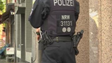 Претърсвания на апартаменти в Кьолн заради съмнения за атентати