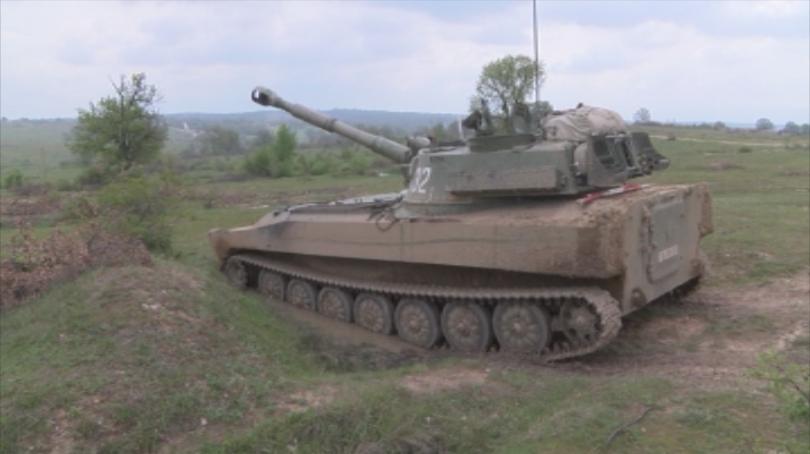 Снимка: Над 500 военнослужещи се включиха в обучението на полигона Корен