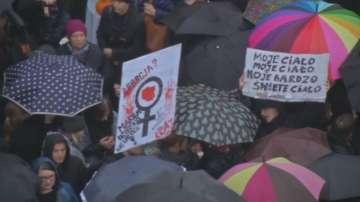 Отмениха забраната за абортите в Полша