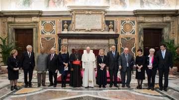 Папа Франциск с призив за тотално разоръжаване от ядрени оръжия