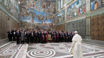 Папа Франциск се срещна с дипломатите във Ватикана