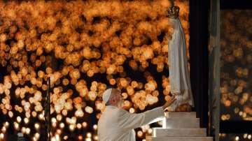 Папа Франциск призова за мир и разрушаване на всички стени