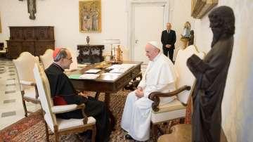 Кардиналът, осъден за прикриване на педофилия, подаде оставката си пред папата