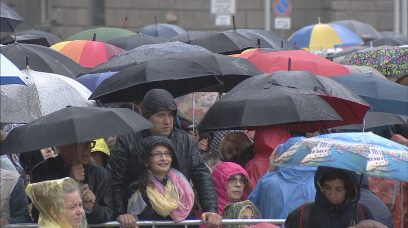 снимка 2 Кулминация на визитата на папа Франциск: Молитва за мир в София (СНИМКИ)