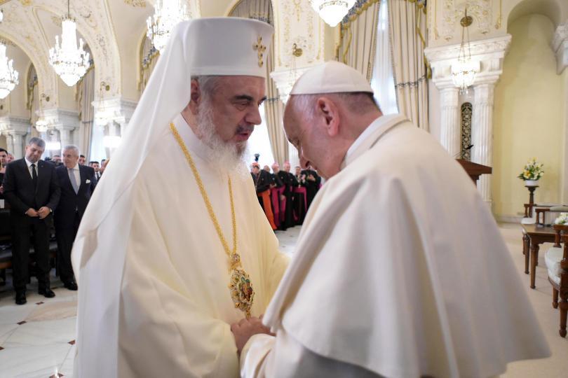 снимка 1 Историческа визита на Папа Франциск в Румъния