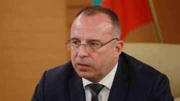 Министър Порожанов свиква извънредно Консултативния съвет по пчеларство