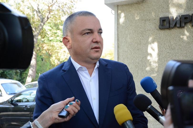 След оспорвана битка във Варна кандидатът на ГЕРБ Иван Портних