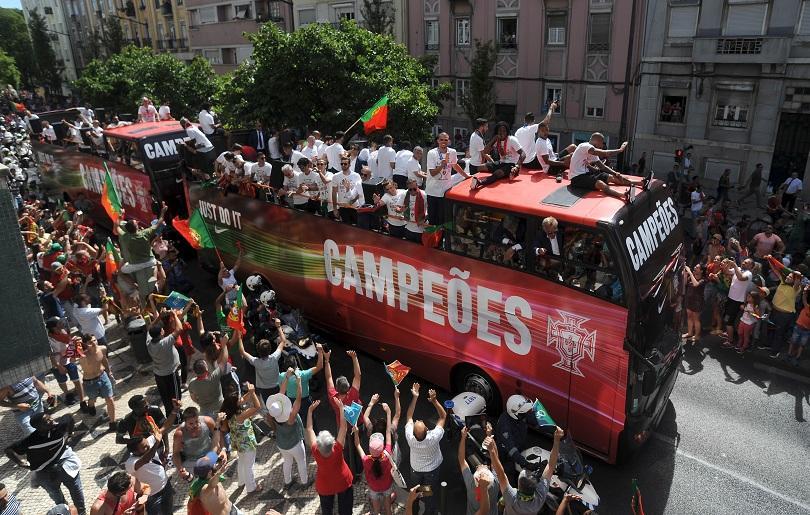 Португалия посрещна героите от Евро 2016