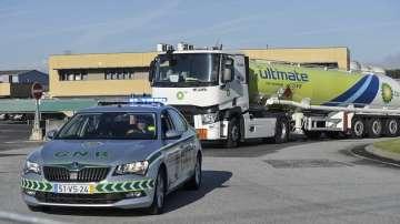 Безсрочна стачка на превозвачите на гориво в Португалия