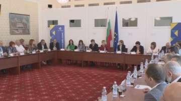 От 265 общини в България само в 14 има местни обществени посредници