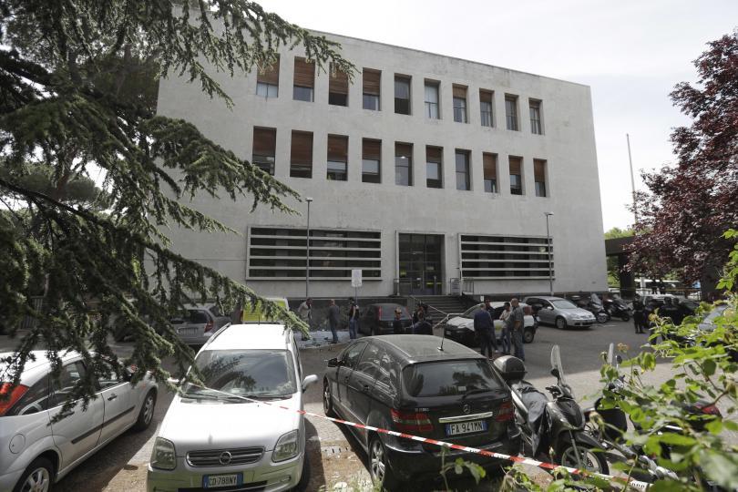 снимка 1 Експлозията в Рим най-вероятно е дело на местни анархисти