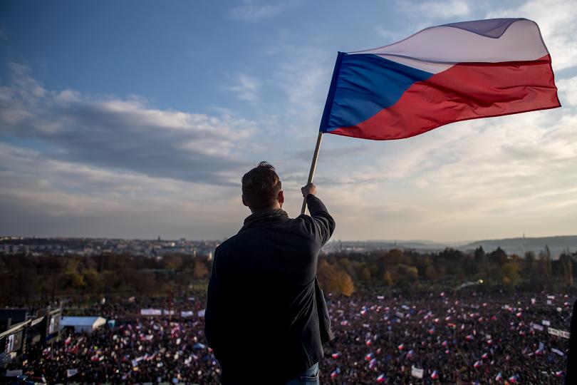 "В пражкия квартал ""Летна"" (Letna) се провежда митинг срещу премиера"