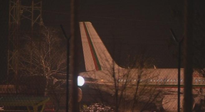 самолетът борисов приземи летище софия отказала навигационна система