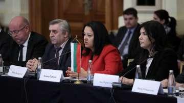 Строителният ни бранш може да участват в инфраструктурни обекти в Туркменистан
