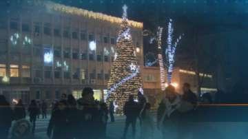 В Габрово изпращат старата година с почести и веселие
