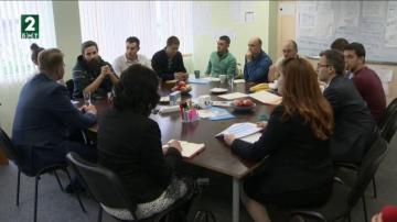 Млади предприемачи представиха иновативни проекти на министъра на икономиката