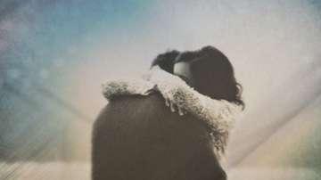 Светът празнува Деня на прегръдката