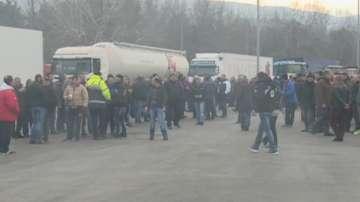 Българските превозвачи готвят контраблокада при протести на гръцките фермери