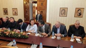 Правителството и президентът с пълна подкрепа за българските превозвачи