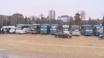 Превозвачи протестират в центъра на София
