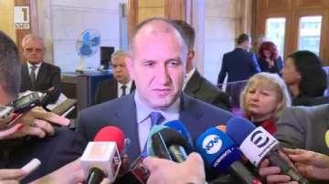 Румен Радев: Надявам се в началото на май новият кабинет да бъде факт