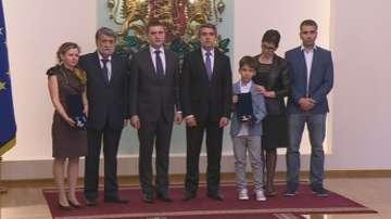 Ваньо Танов и Григор Кумитски, посмъртно с ордени от президента