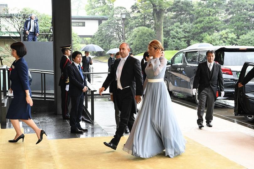 снимка 1 Милена Хлебарова: Президентската двойка показа аристократично ниво в Япония