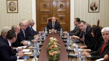 Президентът и бизнесът обсъдиха възможностите и пречките пред икономиката у нас
