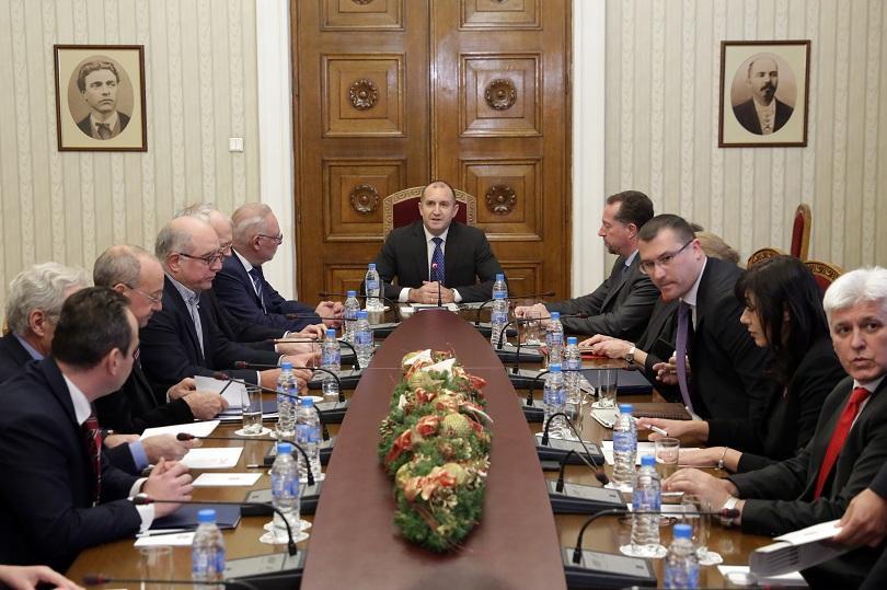 Президентът Румен Радев проведе среща с представители на най-големите бизнес